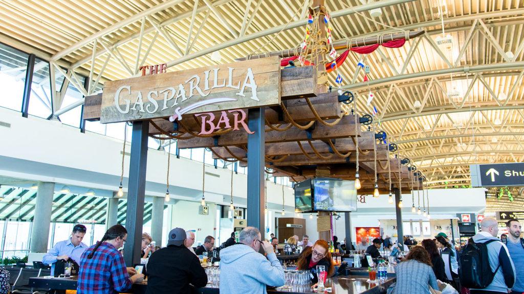 Photo of a bar at an airport