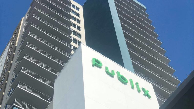 Exterior of Publix at the Channel Club in Tampa