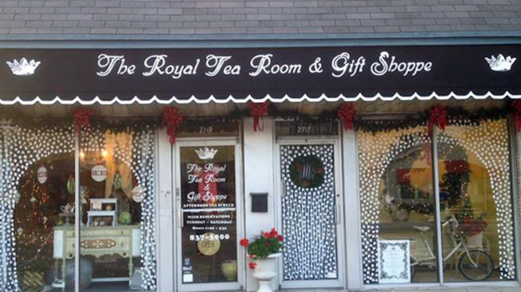 Exterior of a tea room in Tampa